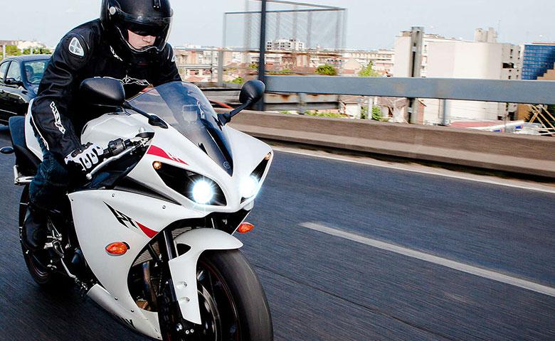 Przygotuj oświetlenie swojego motocykla na sezon wiosenny
