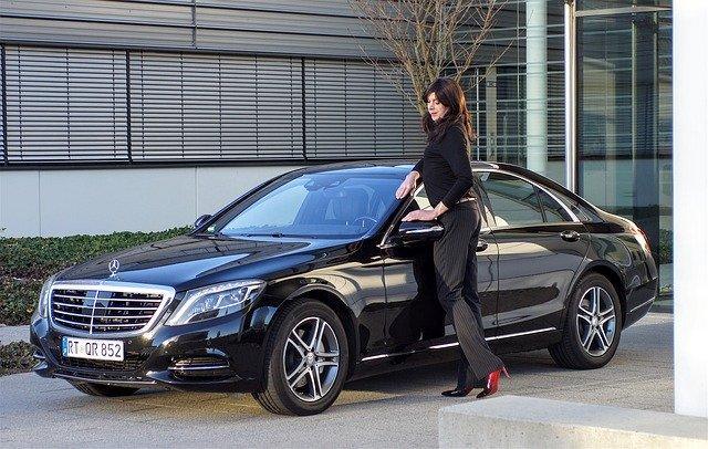 samochód dla kobiety - jak wybrać?
