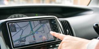 Samochodowe systemy nawigacyjne