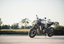 Wymiana i wyważanie opon motocyklowych